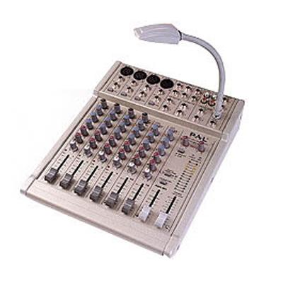 M8.2 迷你型调音台